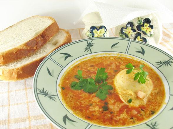 Paradižnikova juha z jajci
