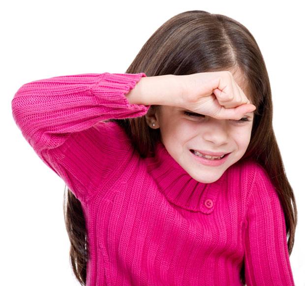 zastrahovanje med otroci