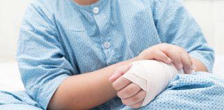 otrok operacija roke