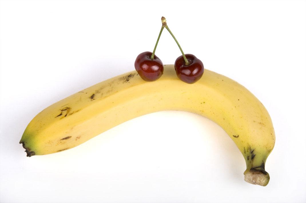 Banane in češnje