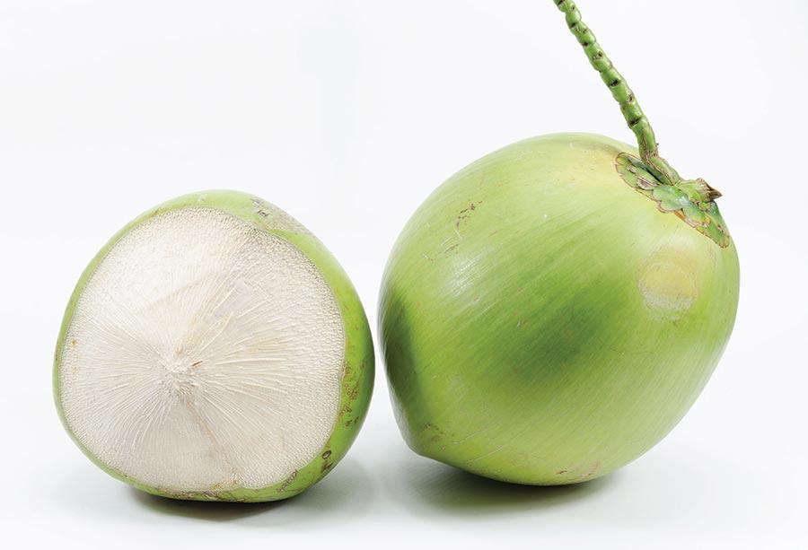 Kokosova voda zeleni kokosi